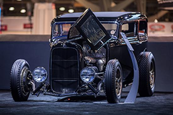 Johnson's Hot Rod Shop - Ford Tudor '32