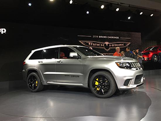 La ultra-alto rendimiento Jeep Trackhawk está diseñado para la aceleración de línea recta