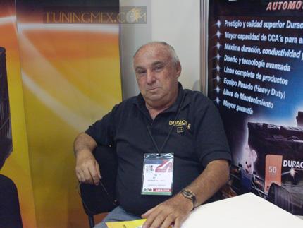 Mario Goldsmith, técnico de la empresa