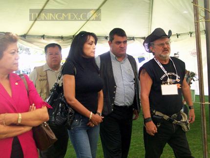 Autoridades del Municipio de Jocotepec en recorrido con Rubén Rodriguez organizador del evento