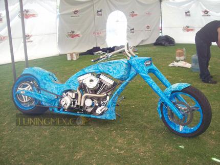 BIOMECANOIDE de la empresa BEEY MOTORCYCLES de la ciudad de México.