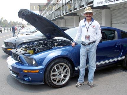 Jorge Saviñón Figueroa, presidente del club Mustang
