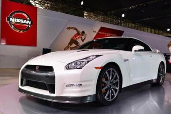La leyenda mundial automotriz, el Nissan GT-R, es uno de los atractivos del stand de la marca durante el Salón Internacional del Automóvil de Sao Paulo 2014.
