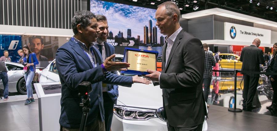 """Photo of La séptima generación del BMW Serie 5 recibe el galardón """"Auto del Año FIPA 2018"""""""
