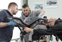 Photo of Presenta BMW Motorrad patente para paneles de refuerzo de fibra de carbono atornillados