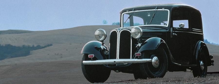 Photo of El BMW 303 fue el primer vehículo mediano en incorporar un motor de 6 cilindros en línea