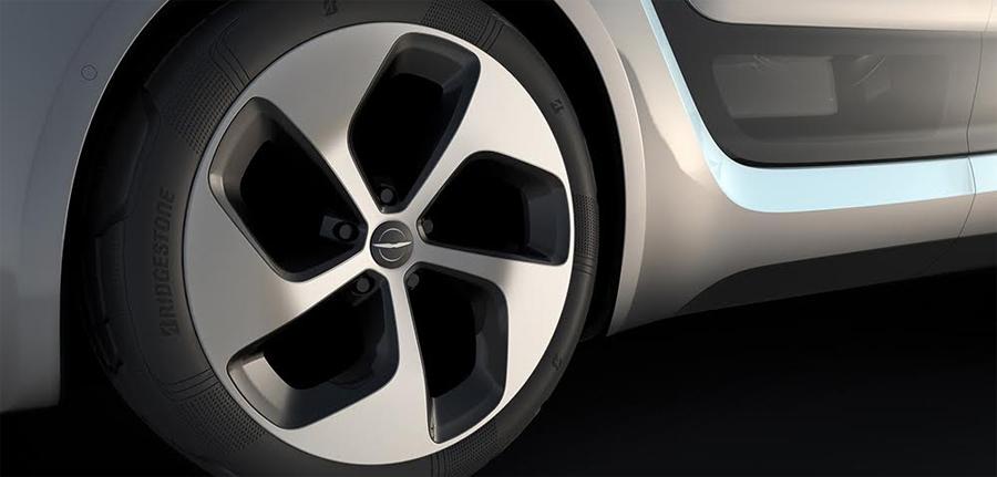 Photo of Presentó Bridgestone sus neumáticos de próxima generación para el prototipo del nuevo vehículo Chrysler portal