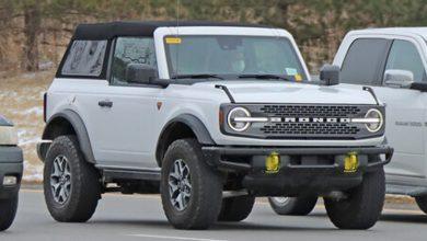 Photo of Bronco Fastback Soft-Top dos puertas con techo blando fastback