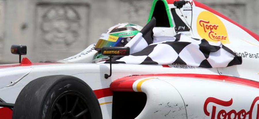 Photo of Ruedan bólidos de la FIA Fórmula 4 NACAM Championship en la delegación Benito Juárez