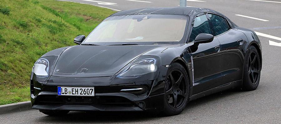 Photo of Fotos espías de: Porsche Mission E Breaks Cover