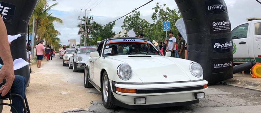 Photo of Inicia el gran desfile de autos clásicos en el Rally Maya en Cozumel, México