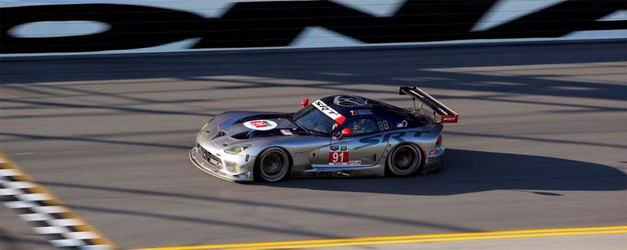 Photo of Gana el equipo SRT Motorsports la pole de la categoría GTLM, durante las prácticas de las 24 Horas de Daytona