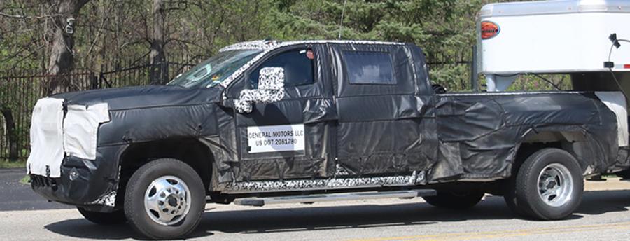 Photo of Fotos espías ahora captó al Chevrolet Silverado HD 2020