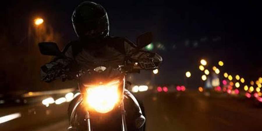 Photo of Tips para manejar una motocicleta correctamente durante la noche, Italika