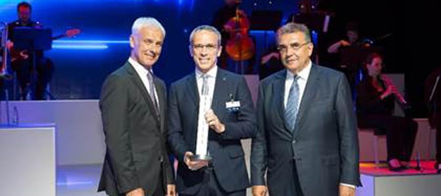 Photo of Recibió Bridgestone premio Volkswagen Group Award en la categoría innovación y tecnología