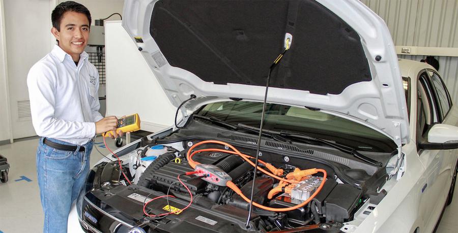 Photo of Integra Volkswagen de México una nueva especialidad a su Centro de Formación Dual