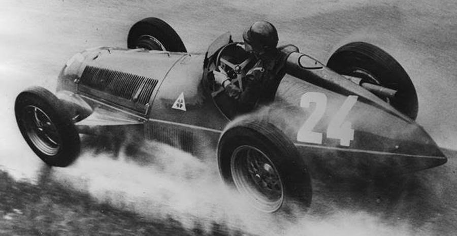 Photo of Juan Manuel Fangio, el Campeón que inició su leyenda con Alfa Romeo