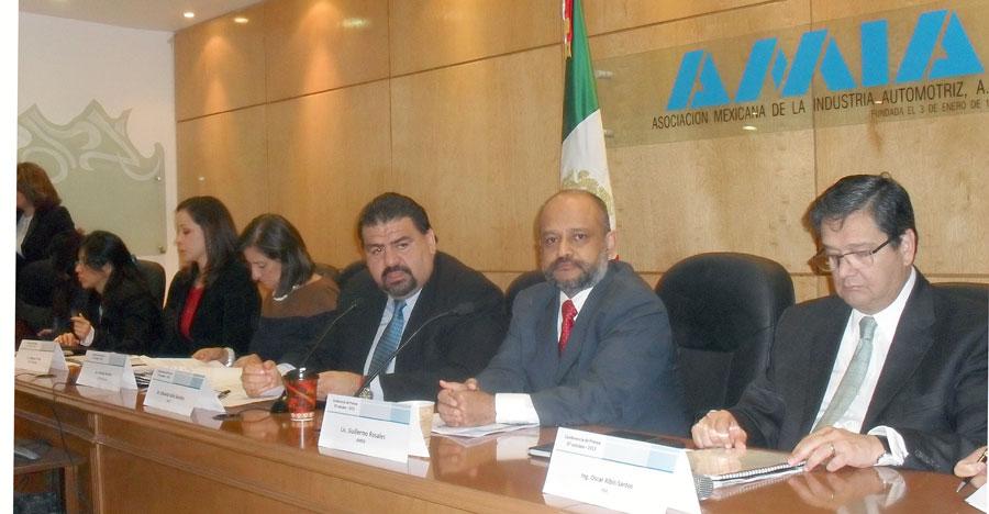 Photo of Baja 2% la venta interna de autos en México