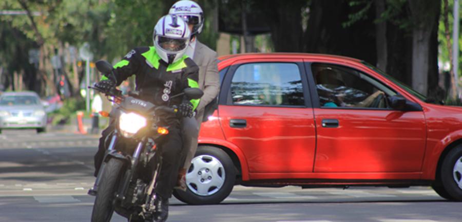 Photo of Presentan servicio de traslado personal en moto: ERGO Motos