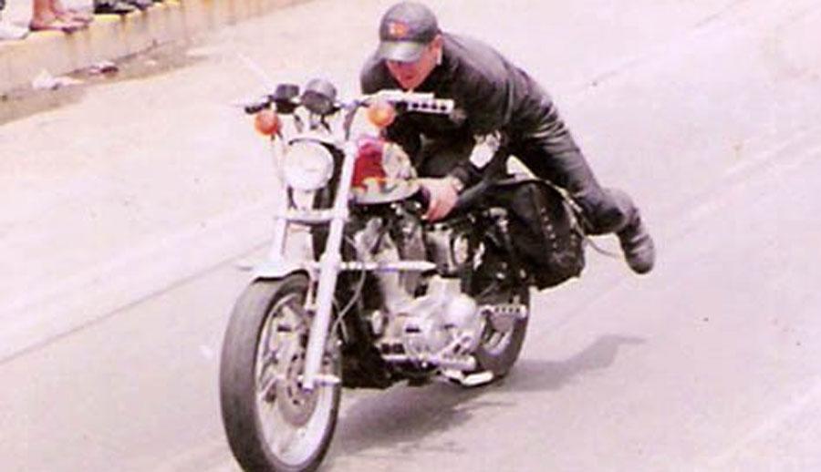 Photo of Formalizan la presentación de Camachoxtrem motociclista extremo en el SIMM