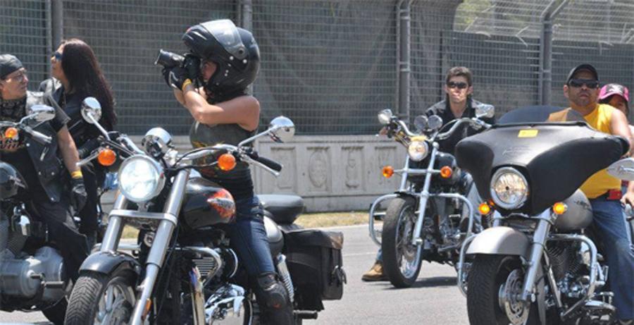 """Photo of Exposición de  «Mujeres Motociclistas"""" en la Soberana de Aguascalientes"""