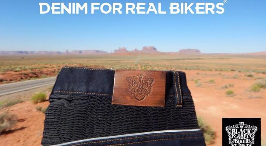 Photo of Presentan en la EICMA de Italia los jeans para motociclistas que llegarán a México