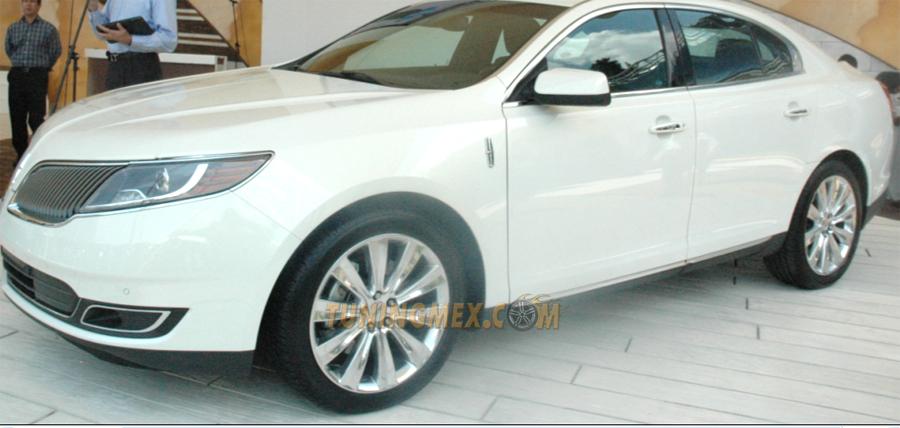 Photo of Presentó Ford el nuevo Lincoln MKS en el Concurso de la Elegancia