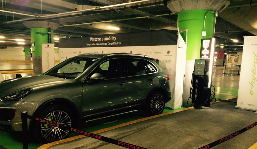 Photo of Instalan las primeras estaciones de carga eléctrica públicas para vehículos e-Hybrid en el estado de Jalisco