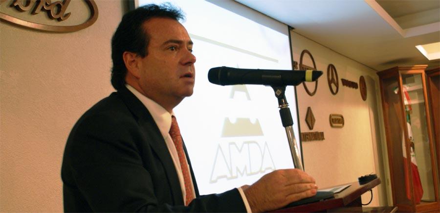 Photo of Guillermo Prieto Treviño, nuevo presidente ejecutivo de la AMDA