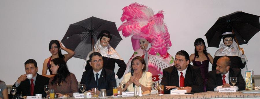Photo of Presentan Foro Automotriz Tlaxcala 2011